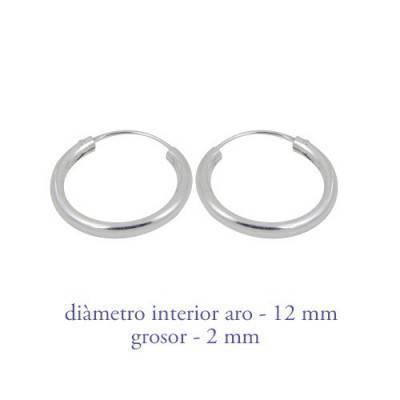 Un aro de plata para chica. Precio por unidad, grosor 2,0mm, diámetro interior 12mm. AR110