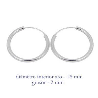 Un aro de plata para chica. Precio por unidad, grosor 2,0mm, diámetro interior 18mm. AR113