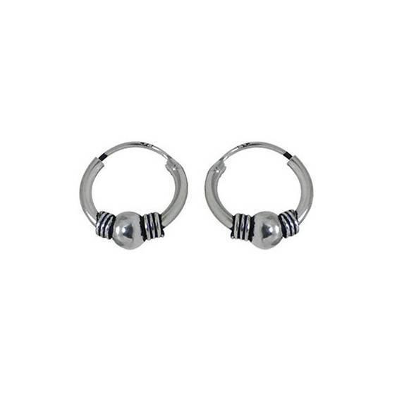 478c5133b724 Un aro de plata labrado, 10mm diámetro para la oreja. Precio por un aro.  ARX10