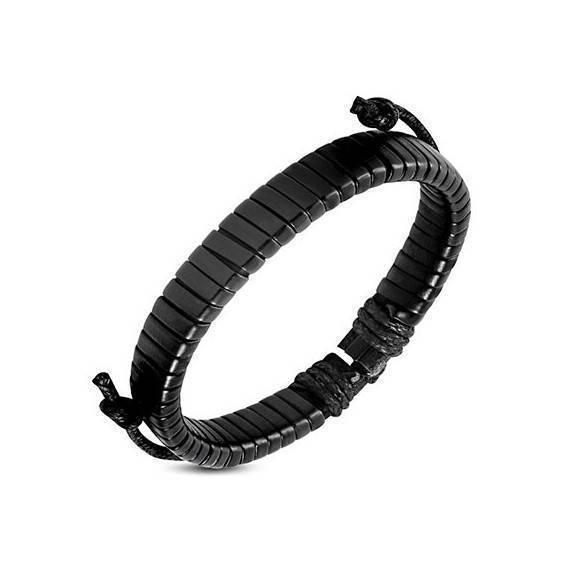 Bracelet en cuir reglable. BBR32
