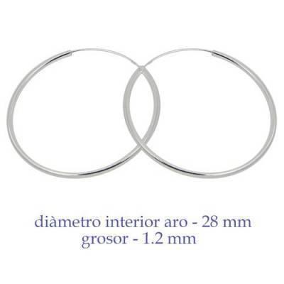 Un aro de plata para chica. Precio por unidad, grosor 1,2mm, diámetro interior 28mm. AR159